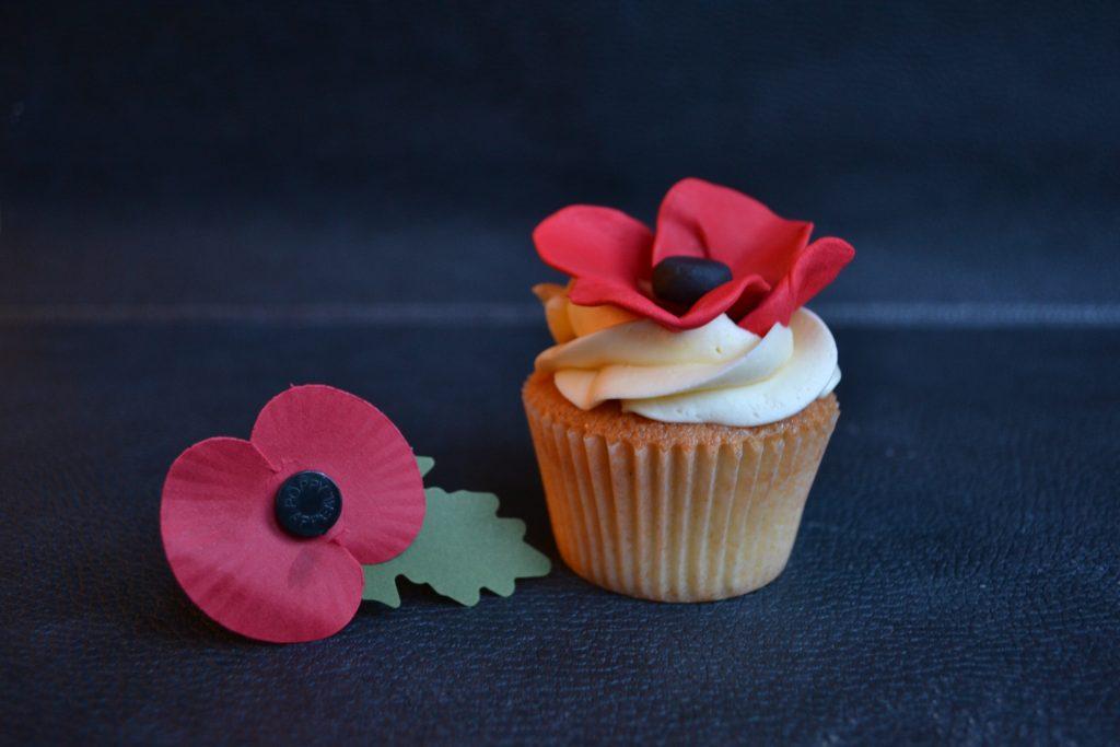 Poppy Cupcake 6